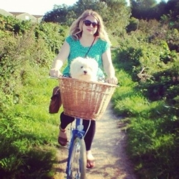 Summertime rides on my poppy with Lola